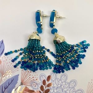 KENDRA SCOTT DOVE TASSELS EARRINGS